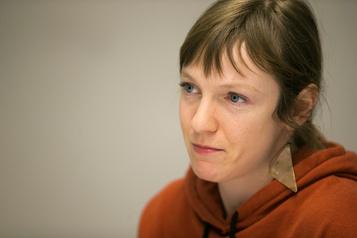 Cotons ouatés en solidarité à Catherine Dorion