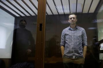 Les autorités carcérales russes ont décidé de transférer Navalny à l'hôpital)