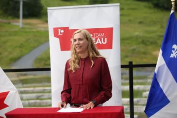 La leader syndicale Pascale St-Onge se joint aux libéraux fédéraux)