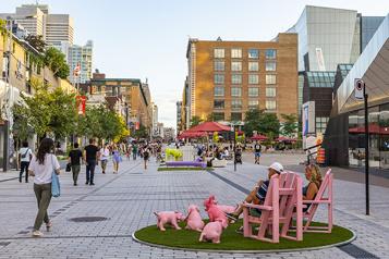 Ville de Montréal Un centre-ville débordant de vitalité cet été)