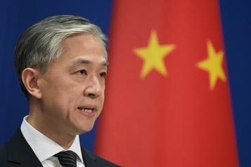 Pékin à Biden Les états-Unis ne doivent pas ??imposer?? leur démocratie aux autres)