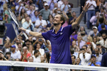 Internationaux des États-Unis Daniil Medvedev brise le rêve de NovakDjokovic)