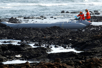 Espagne Au moins quatre morts dans le naufrage d'un bateau de migrants)