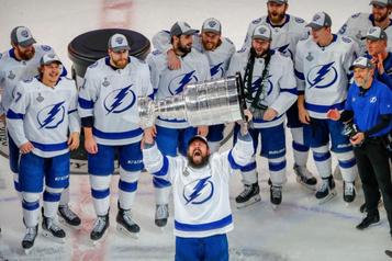 Le Lightning remporte la Coupe Stanley Dénouement parfait pour une saison imparfaite)