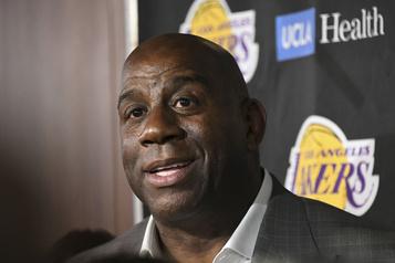 Magic Johnson plaide pour une reprise à huis clos en NBA