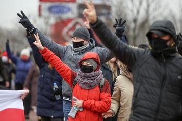 Biélorussie Nouvelle manifestation de l'opposition, 70arrestations)