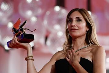 Mostra de Venise Audrey Diwan reçoit le Lion d'Or pour L'évènement)