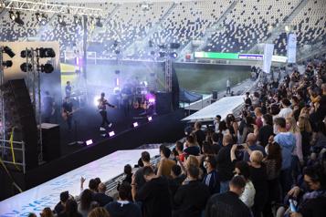 Tel-Aviv Des centaines de spectateurs vaccinés assistent à un premier concert)