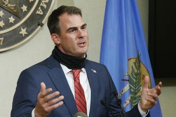 Le gouverneur de l'Oklahoma, hostile au masque obligatoire, atteint de la COVID-19)