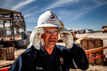 Changements climatiques La pétrolière Total quitte l'American Petroleum Institute)