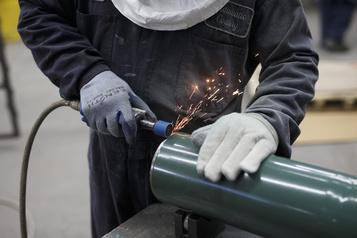 Un total de 62000 emplois ont été créés en novembre au Canada)