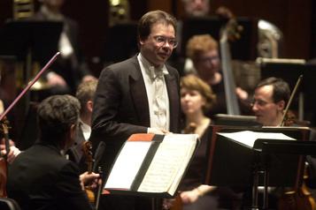 Atteint de la COVID-19 Décès du chef d'orchestre Alexander Vedernikov)