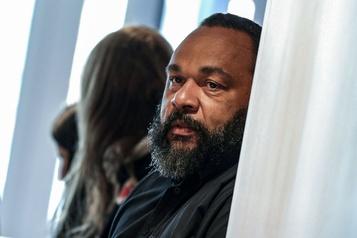 France Plaintes après un spectacle «illégal» de Dieudonné)
