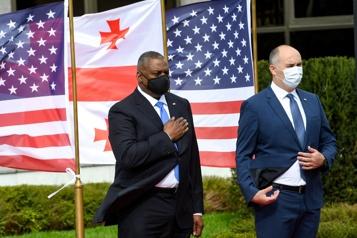 Le secrétaire américain à la Défense en Géorgie