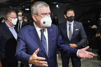 Le président du CIO en visite à Tokyo pour rallier les troupes)