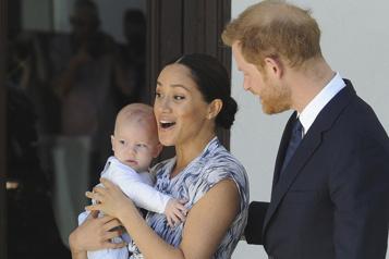 Le fils d'Harry et Meghan dévoile son accent américain dans leur balado)