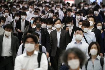 La planète économique: le télétravail dans le placard au Japon)