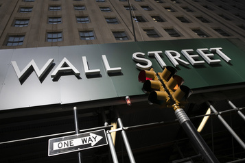 Wall Street finit sans direction, mais progresse sur la semaine)
