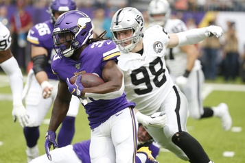 Une victoire facile des Vikings, 34-14