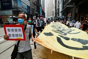 Hong Kong: l'homme à l'origine des manifestations retourne à Taïwan