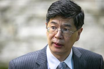 Propos controversés sur Hong Kong Les conservateurs réclament des excuses ou l'expulsion de l'ambassadeur chinois)