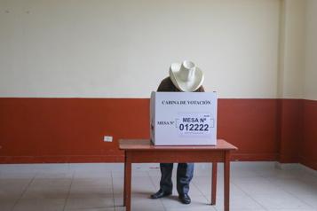 Présidentielle au Pérou Toujours pas de résultat officiel, mais pas d'irrégularités graves)
