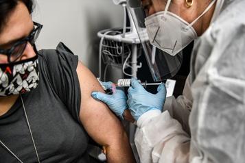 COVID-19 Les premières vaccinations attendues avant la mi-décembre aux États-Unis)