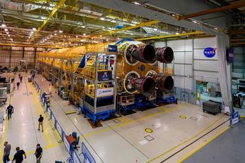 Le premier étage de la prochaine fusée pour la Lune est terminé