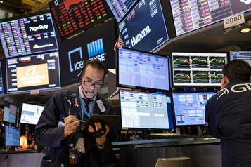 Fonds négociés en bourse La prudence s'installe chez les épargnants)