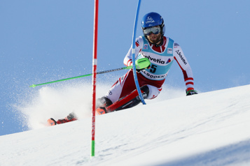 Coupe du monde de ski alpin Marco Schwarz gagne le slalom d'Adelboden)