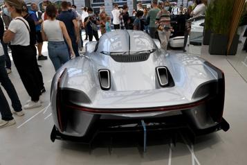 Au salon de Munich, les voitures se garent toutes seules)