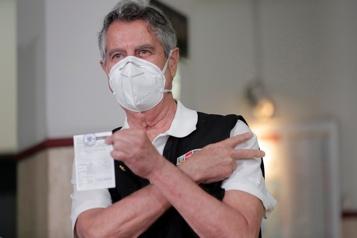 Pérou Un scandale vaccinal indigne le pays)