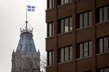 En négociations avec ses employés, Québec est accusé d'entêtement