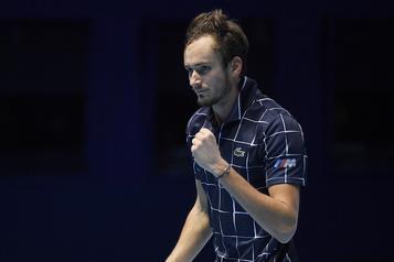 Finales de l'ATP Medvedev en demie, Djokovic devra battre Zverev)