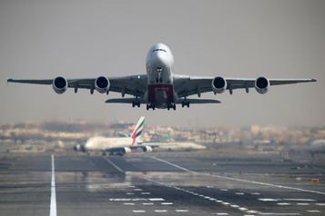 Le trafic aérien enregistre sa plus forte chute depuis le 11-Septembre