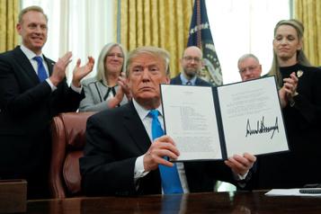 Le Congrès approuve la force de l'Espace tant voulue par Trump