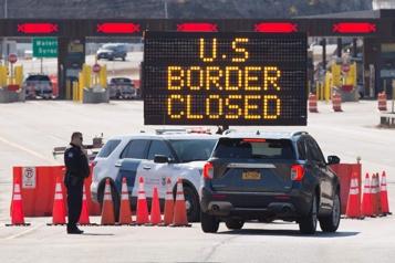 Frontière canado-américaine La fermeture est prolongée au moins jusqu'au 21mars)