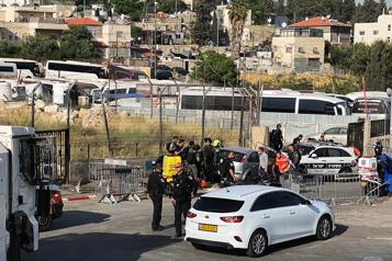 Une attaque à la voiture-bélier cause plusieurs blessés à Jérusalem-Est)