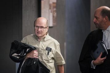 Un déficient intellectuel coupable de meurtre libéré pendant son appel )
