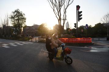 Coronavirus: 118 morts de plus en Chine, près de 900 nouvelles contaminations