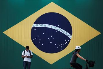 Le virus des fausses nouvelles (5/9) Le Brésil et la fracture numérique)