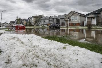 Météo extrême en 2020 au Canada 2,4 milliards en dommages assurés selon le BAC)