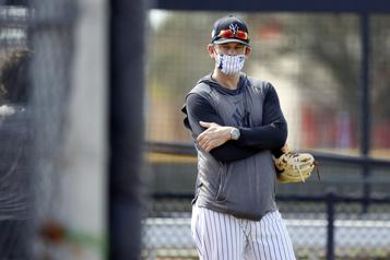 Aaron Boone quitte temporairement les Yankees)