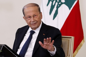 Un ministre israélien invite le président libanais à des pourparlers en Europe)