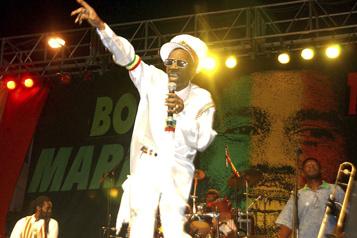 Décès de la légende jamaïcaine du reggae Bunny Wailer)