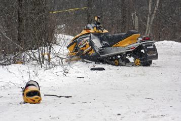 Québec veut encadrer la pratique de la motoneige et du VTT)