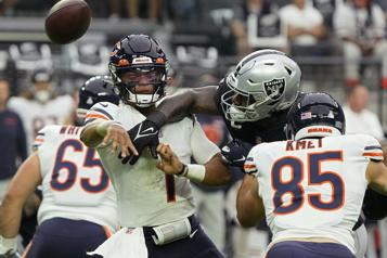 La défensive des Bears étouffe les Raiders