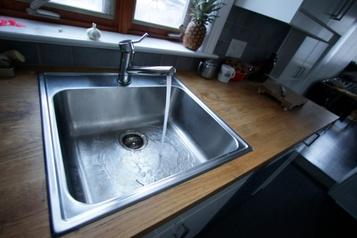 Avis d'ébullition d'eau à Montréal )