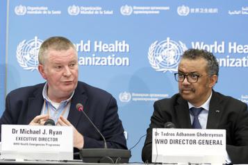 COVID-19 Un an après le début de la pandémie, l'OMS défend son action)