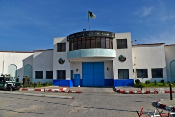 Algérie Au moins 35prisonniers d'opinion libérés en 24h par le président)